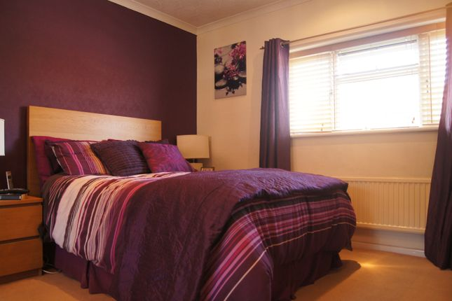 Thumbnail Terraced house for sale in Elsinge Road, Enfield