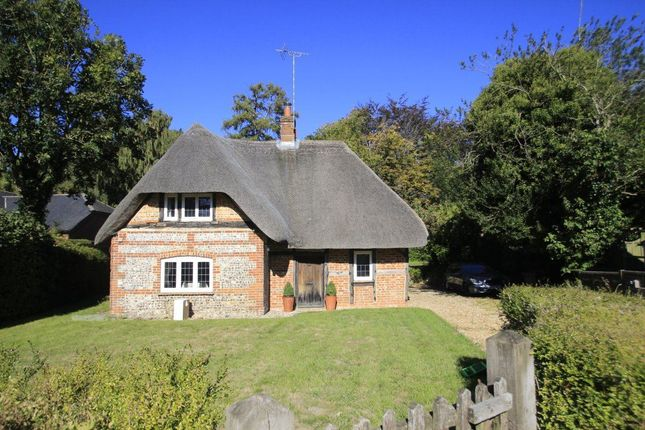 Thumbnail Cottage to rent in Vernham Dean, Andover