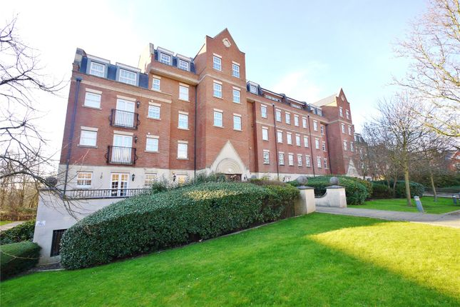 Thumbnail Flat for sale in Joseph Court, Kipling Close, Brentwood, Essex