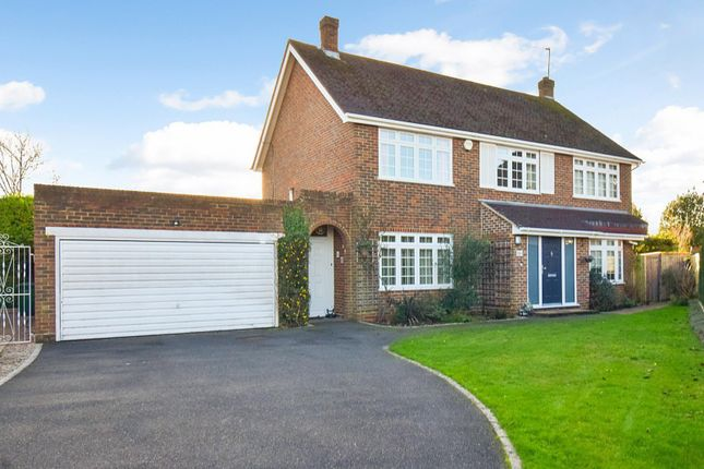 Thumbnail Detached house for sale in The Fairway, Burnham