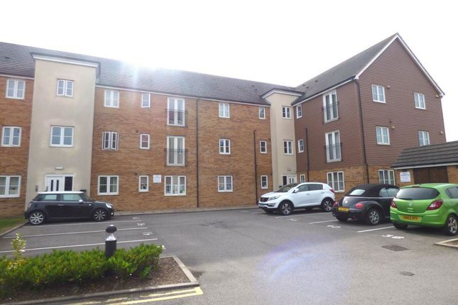 Flat to rent in Lawford Bridge Close, Lawford Road, Rugby