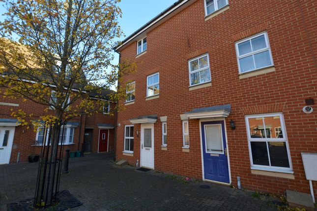Thumbnail Town house to rent in Septimus Drive, Highwoods, Colchester