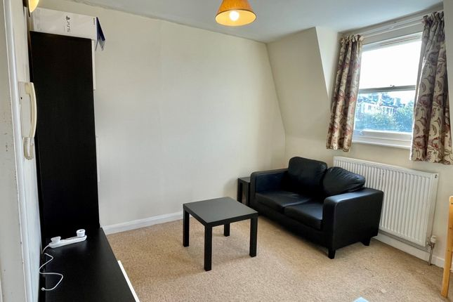 Thumbnail Flat to rent in Milson Road, London