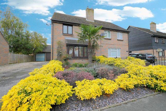 Thumbnail Semi-detached house for sale in Fane Drive, Berinsfield, Wallingford