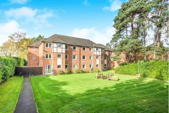 Thumbnail Flat to rent in Glenmoor Road, West Parley, Ferndown