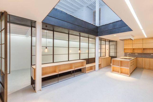 Thumbnail Terraced house for sale in Florida Street, Bethnal Green