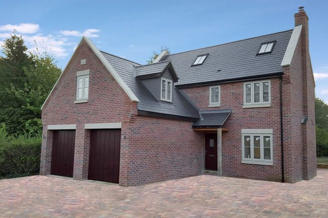 Thumbnail Detached house for sale in Wellington Road, Raunds, Wellingborough