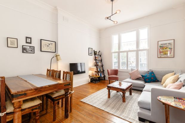 Thumbnail Flat for sale in Milner Square, London