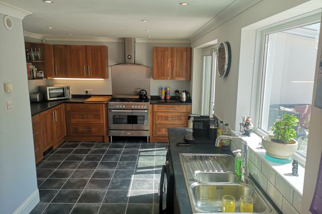 Fitted Kitchen of Clayhall Road, Gosport PO12