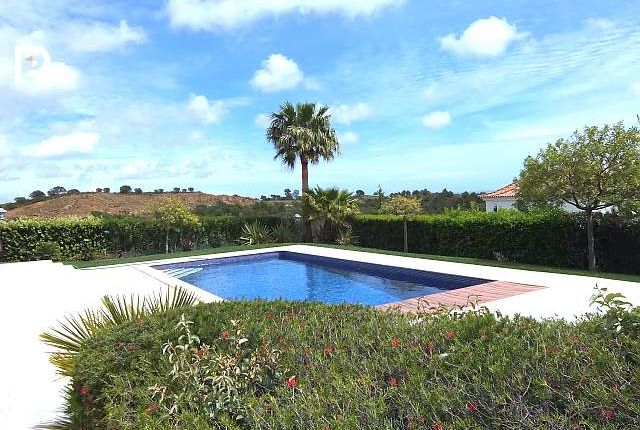 Thumbnail Villa for sale in Vila Nova De Cacela, Algarve, Portugal