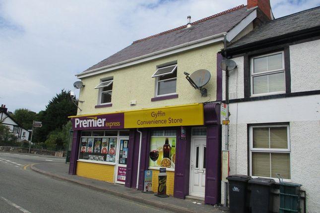 Thumbnail Flat to rent in Glanafon Terrace, Gyffin, Conwy
