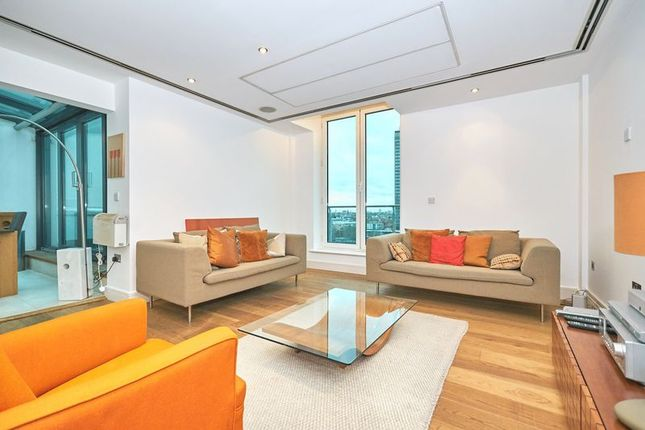 Thumbnail Property to rent in Albert Embankment, London