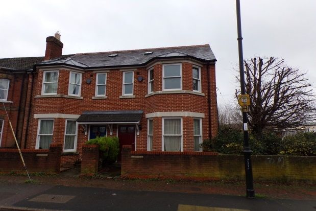 Thumbnail Semi-detached house to rent in Station Road, Romsey