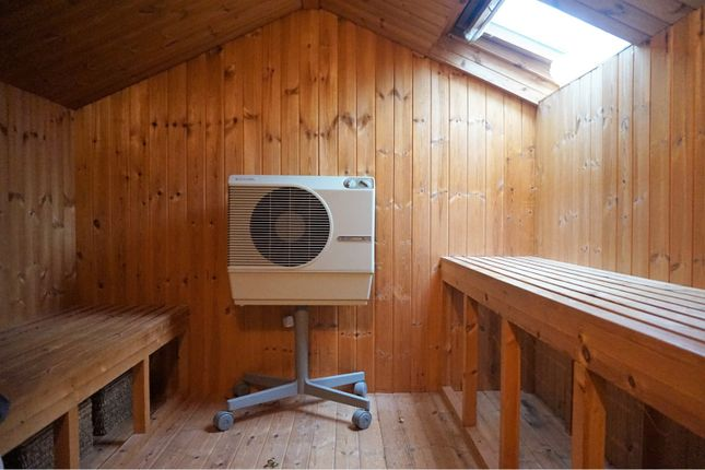 Sauna of Nixon's Court, Leyland PR26