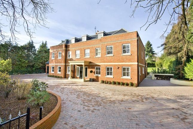 Thumbnail Detached house for sale in Heath Rise, Virginia Water