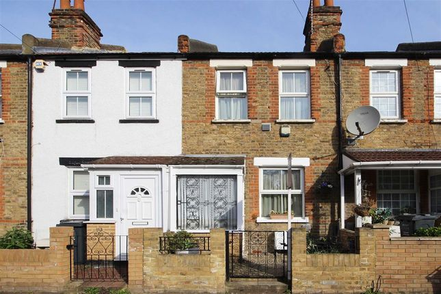 Thumbnail Terraced house for sale in Myrtle Road, Hounslow