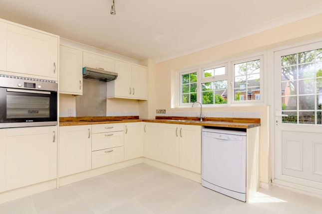 Thumbnail Detached house to rent in London Road, Burpham, Guildford