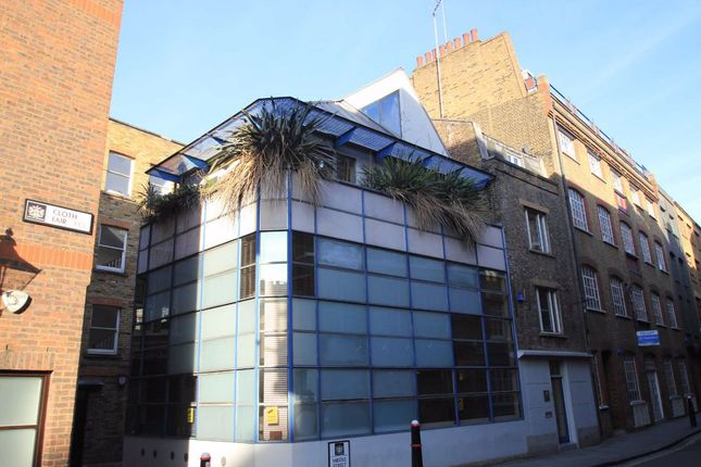 Thumbnail Flat to rent in Middle Street, London