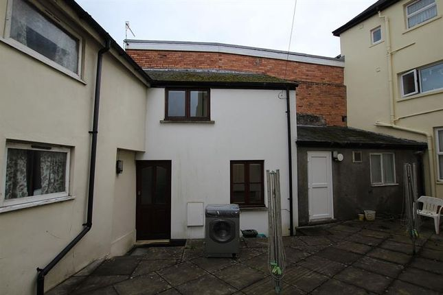 Thumbnail End terrace house to rent in Watergate, Brecon