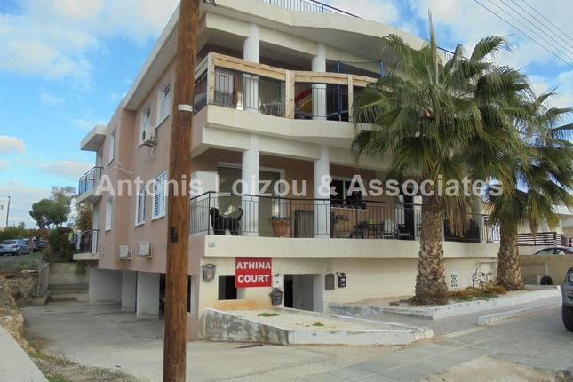 2 bed apartment for sale in Chloraka, Cyprus