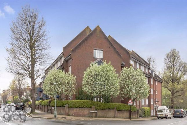 Thumbnail Flat for sale in The Vineries, Nizells Avenue, Hove
