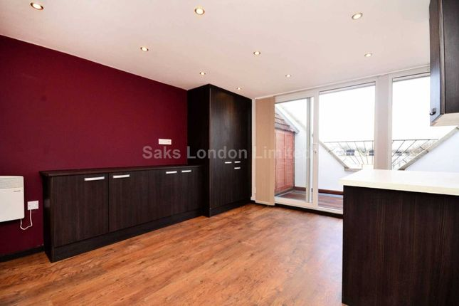 Thumbnail Penthouse to rent in Ritherdon Road, Balham