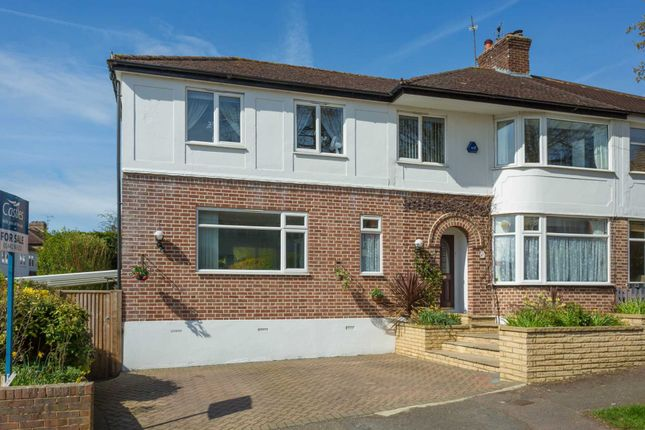 Thumbnail Semi-detached house for sale in Dell Field Avenue, Berkhamsted
