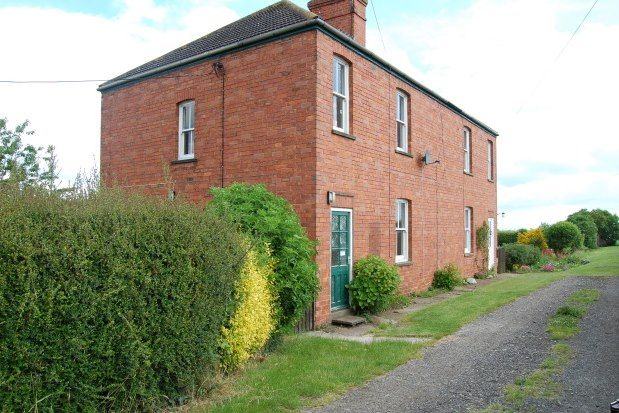 3 bed semi-detached house to rent in Manor Farm Cottages, Lincoln LN4
