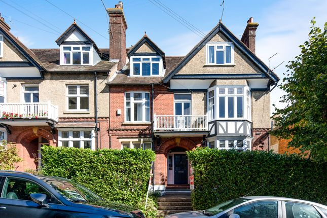 Thumbnail Flat for sale in Madeira Park, Tunbridge Wells