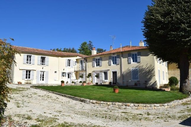 9 bed property for sale in Ruffec, Poitou-Charentes, 16700, France