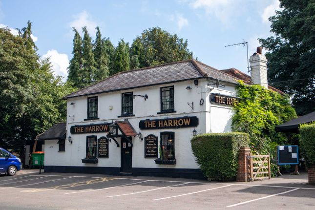 Thumbnail Pub/bar for sale in Stanstead Road, Caterham