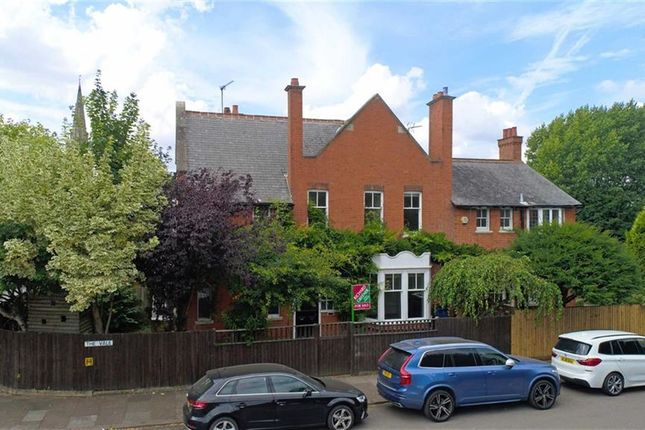 Thumbnail Detached house for sale in The Vale, Abington, Northampton