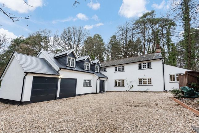 Thumbnail Detached house for sale in Crowthorne Road, Crowthorne