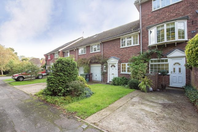 Thumbnail Terraced house to rent in Camlet Way, St.Albans