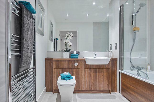 Bathroom of Longfield Avenue, London W5