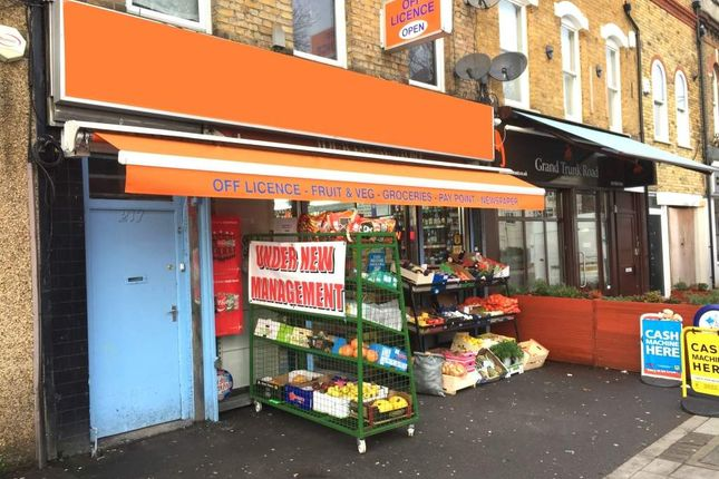Retail premises for sale in London E18, UK