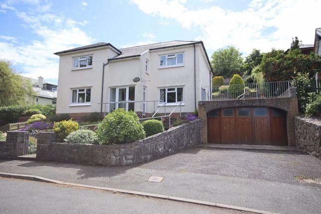 Thumbnail Detached house for sale in Vicarage Avenue, Llandudno