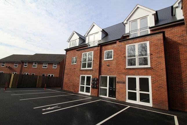 2 bed flat to rent in Park Road, Bestwood Village, Nottingham