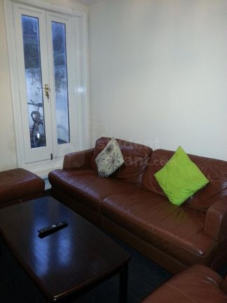 Thumbnail Shared accommodation to rent in Milburn Road, Gillingham, Kent