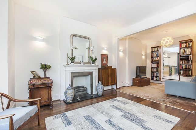 Thumbnail Semi-detached house to rent in Dinsdale Road, London