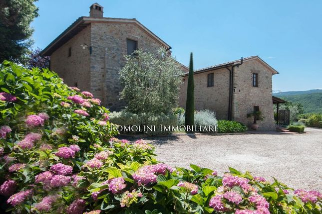 Hotel/guest house for sale in Casole D'elsa, Tuscany, Italy