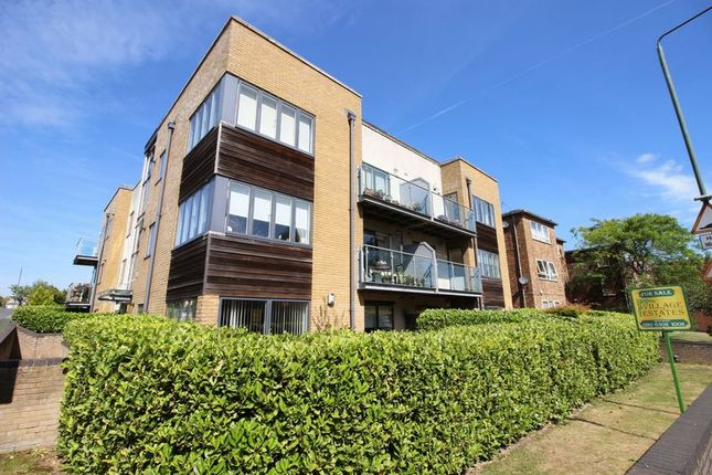 2 bed flat for sale in Chislehurst Road, Sidcup DA14 - Zoopla