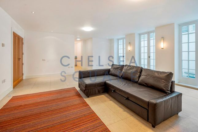 2 bed flat to rent in Heath Drive, Hampstead
