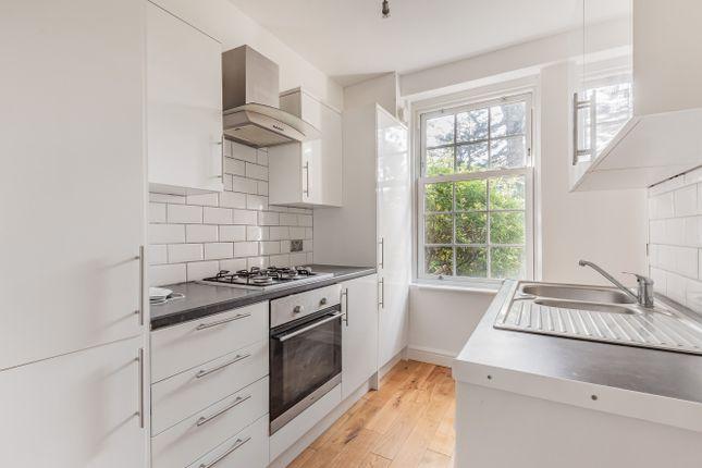 2 bed flat for sale in Friern Park, London N12