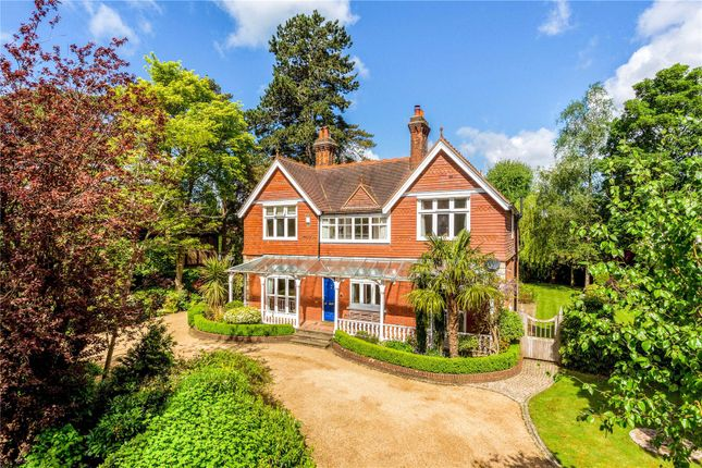 Thumbnail Flat for sale in Homefield Road, Warlingham, Surrey