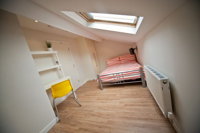 Thumbnail Terraced house to rent in Shuttleworth Road, Preston, Lancashire
