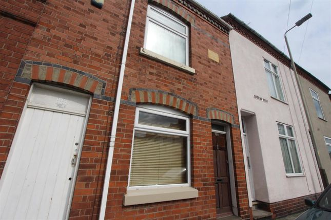 2 bed property for sale in Queens Road, Leicester