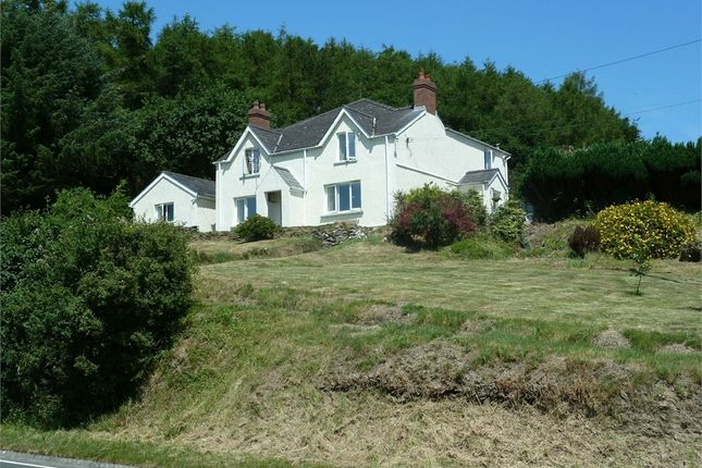 Thumbnail Detached house for sale in Tanybanc, Cenarth, Newcastle Emlyn, Ceredigion
