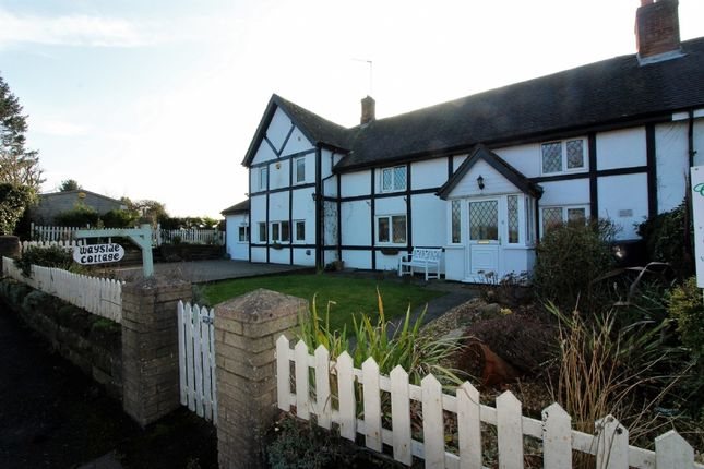 Thumbnail Cottage for sale in Old Stafford Road, Slade Heath, Wolverhampton