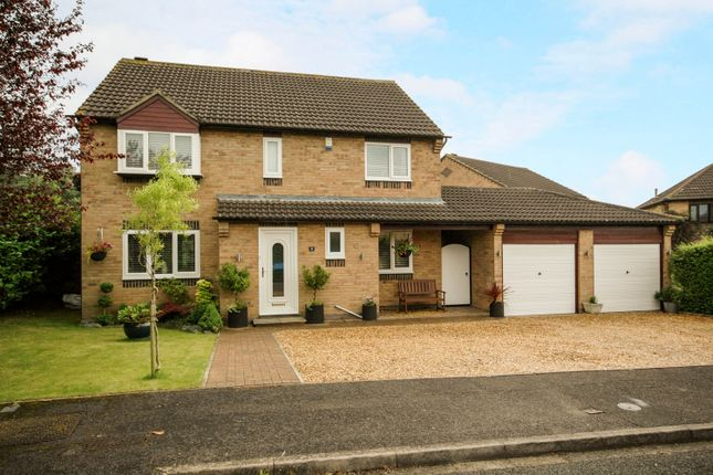 4 bed detached house for sale in Winpenny Close, Yarm